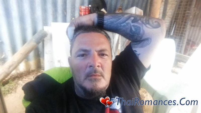 Dating 40s in Australia