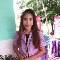 it's me I'm Emma 28 years old soon nice to c u here ka   - Thai Romances นัดเจอ