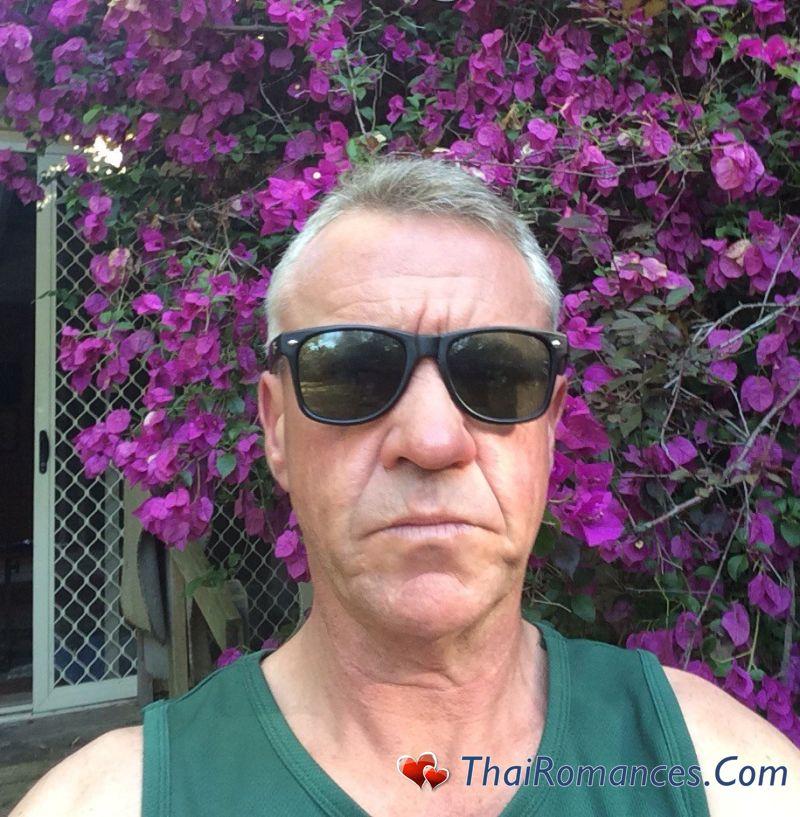 Sunglasses online dating