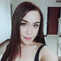 Hi guys. Im maya. Easy going good english talking  Sweet and Lovely thai style  Feminine ladyboy  Never try never know  No play no game   - Thai Romances डेटिंग