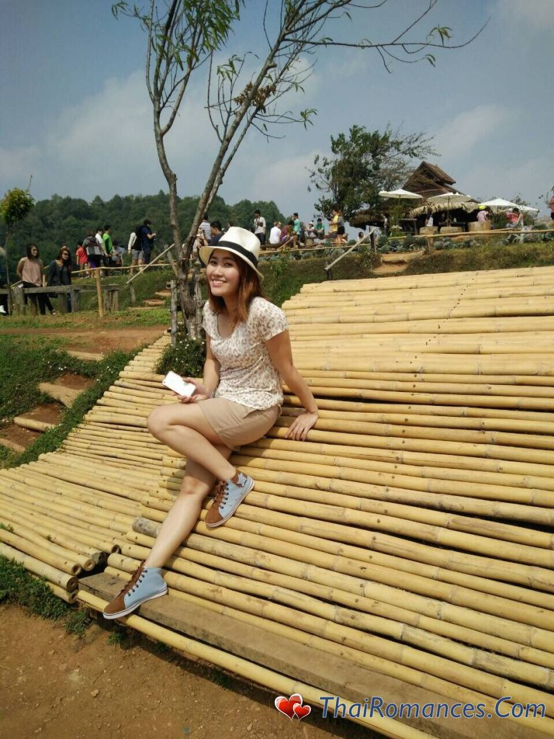 chiang mai dating free Chiang mai is the perfect place to visit if you want to enjoy a modern thai city without spending a fortune surrounded by majestic mountain scenery t.